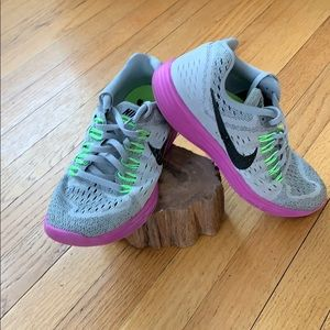 Nike Lunar Tempo Running Sneakers